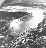 (Thumbnail) An airplane view of the Rapids and Falls of the Niagara River (image/jpeg)