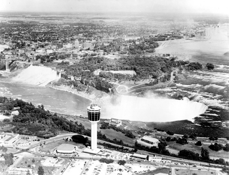 Aerial view of the Portage Road, Stanley Avenue and Dunn Street area of Niagara Falls (image/jpeg)