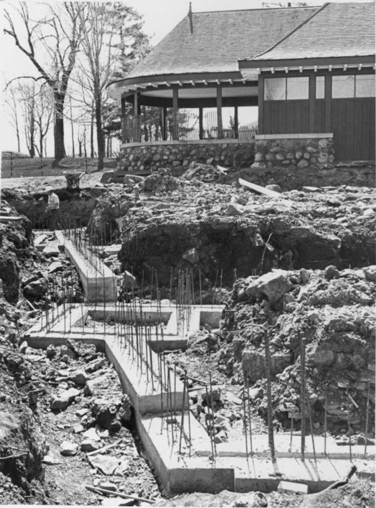Construction work at Queenston Heights (image/jpeg)