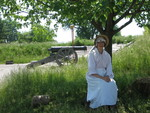 (Thumbnail) Fort Erie Employee in Period Costume (image/jpeg)