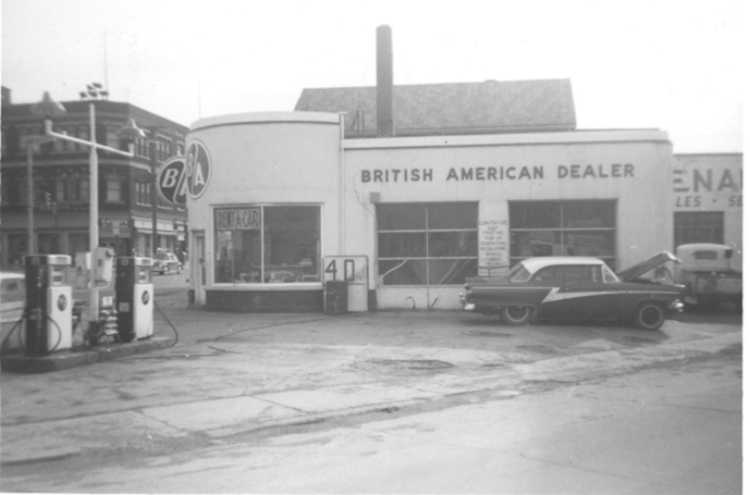 The British American Service Station - corner of Victoria / Valley Way / Morrison Streets (image/jpeg)