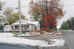 (Thumbnail) Aftermath of Fort Erie Snowstorm, October 12, 2006 - looking west on Murray St. at Stanton St. (image/jpeg)