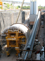(Thumbnail) Construction work in the outlet canal during the Niagara Tunnel Project at Niagara Falls (image/jpeg)