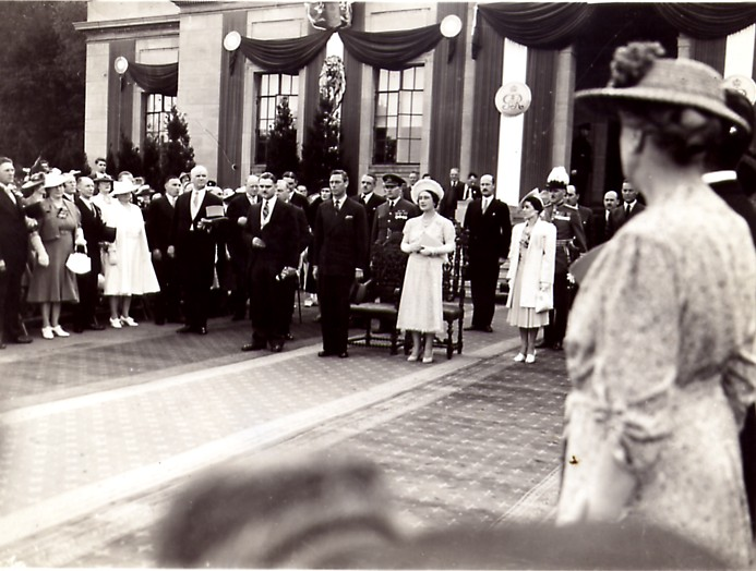 1939 Royal Tour - King George VI &amp; Queen Elizabeth (image/jpeg)