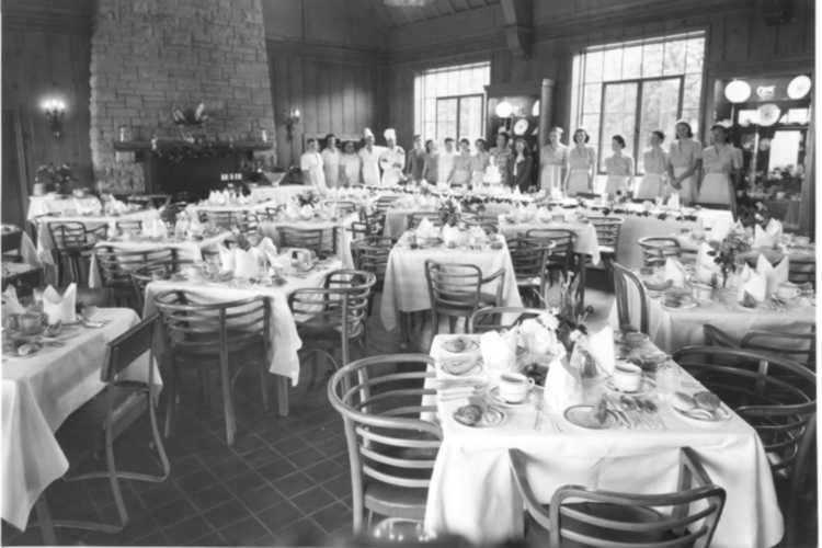 The Upstairs Dining Room & Staff, at Queenston Height's Restaurant, ca 1935 (image/jpeg)