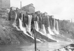 (Thumbnail) American Mills on the banks of the Niagara Gorge as viewed from the Maid of the Mist Boat in the Niagara River (image/jpeg)