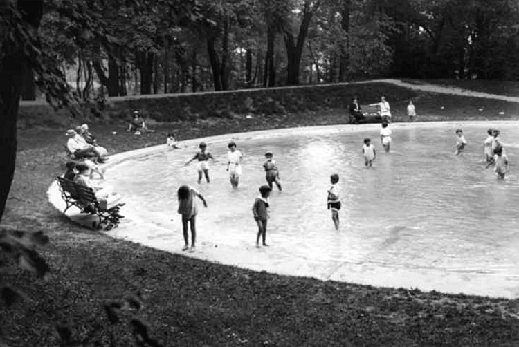 Children's Wading Pool at Queenston Heights Park (image/jpeg)
