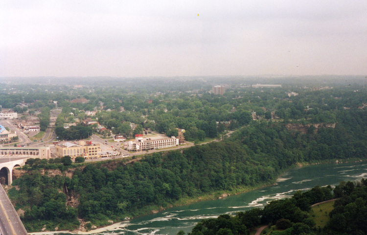 Aerial View of  the Lower Niagara River (image/jpeg)