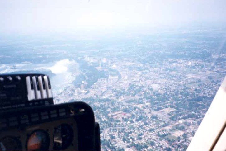 Aerial view of the City of Niagara Falls Ontario with the Horseshoe Falls (left) (image/jpeg)