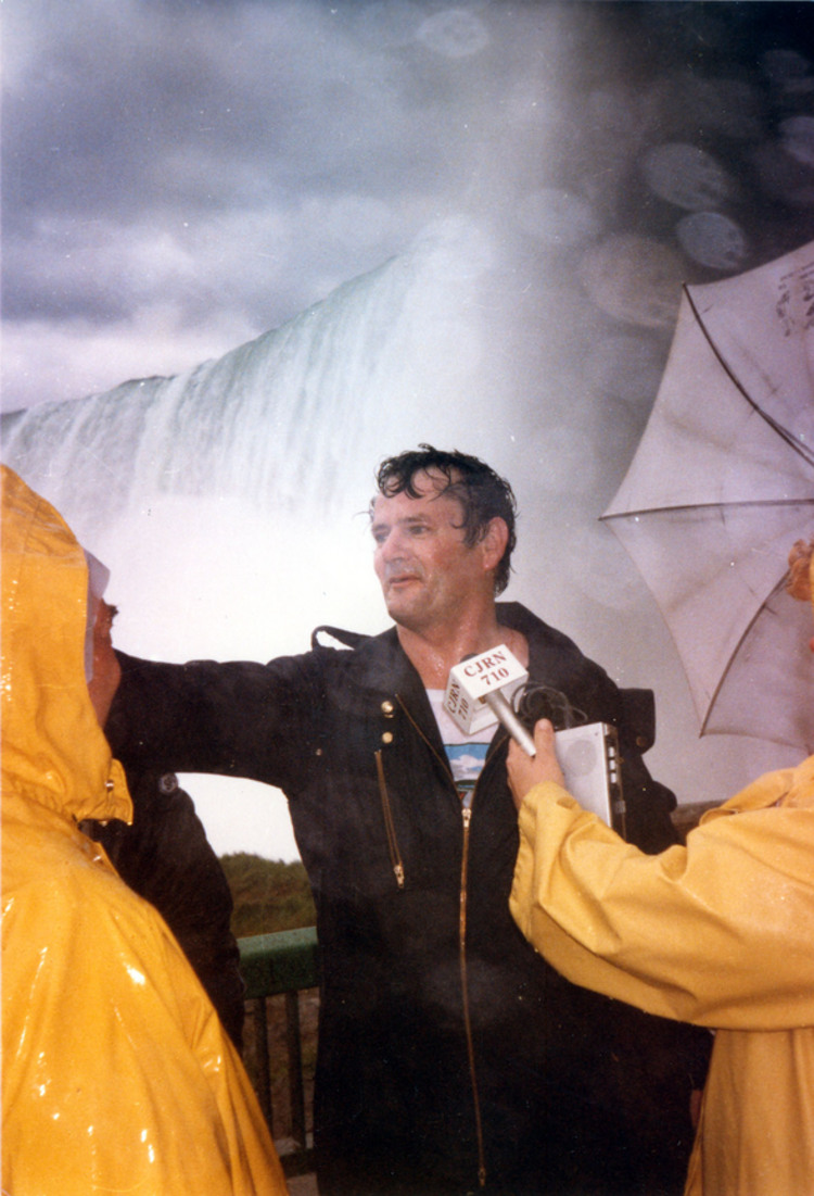 "John ""David"" Munday being interviewed after going over the Horseshoe Falls in a barrel (image/jpeg)"