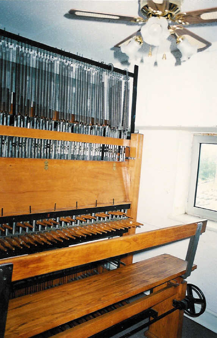 The Clavier of the Carillon Tower (image/jpeg)