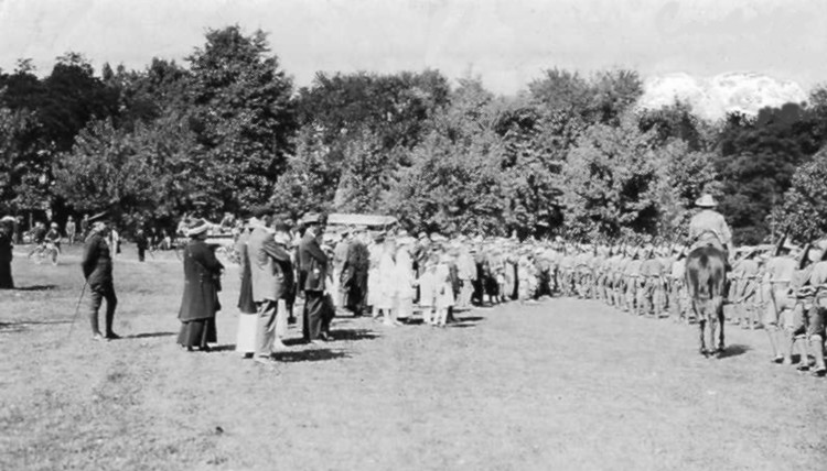 Departure of Canadian Expeditionary forces from Queenston Heights, Canada (image/jpeg)