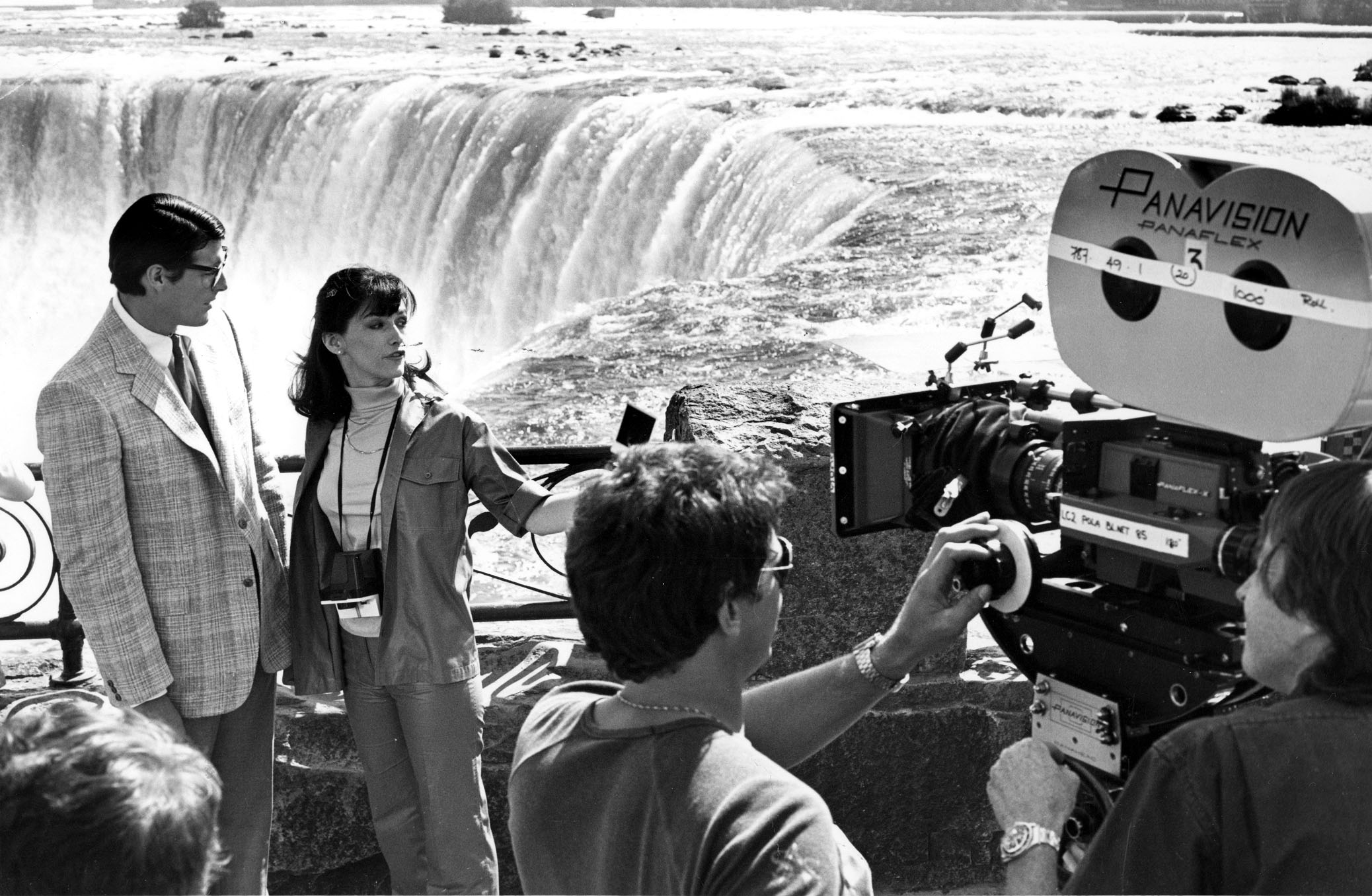 Filming of movie Superman II at Horseshoe Falls - Christopher Reeve and Margot Kidder (image/jpeg)