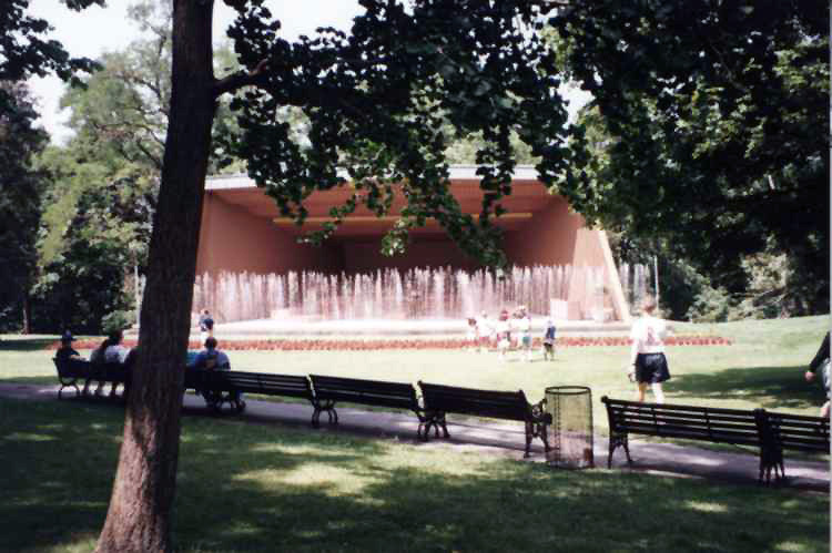 Bandshell at Queenston Heights Park (image/jpeg)